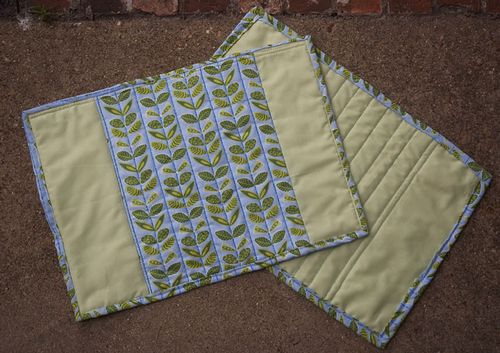green leafy placemats