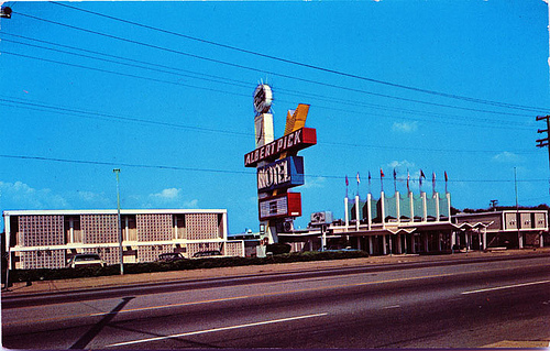 Albert Pick Motel